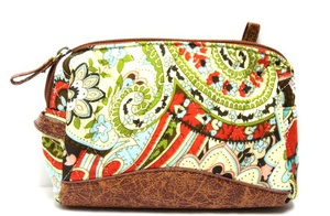 QUILTED TRAVEL COSMETIC BAG